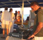 DJ PACO VALIENTE CATAMARAN CHILL OUT DENIA 3