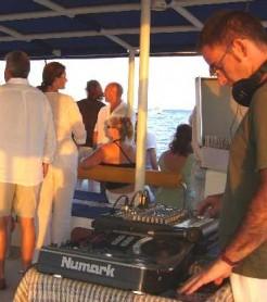 DJ PACO VALIENTE CATAMARAN CHILL OUT DENIA 3