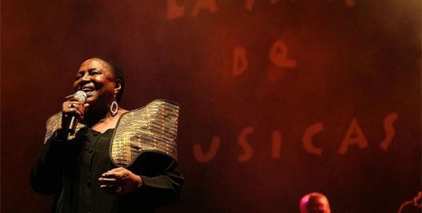 Miriam Makeba durante una actuación en Cartagena, La Mar de Músicas