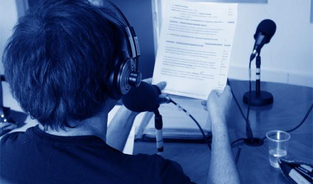 """Durante la realización de """"Los Sonidos del Planeta Azul"""" en UPV Radio./ (Archivo LSPA)"""