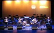 Ovidi Twins en el escenario de La Rambleta, el pasado 28 de febreo./ (Paco Valiente)