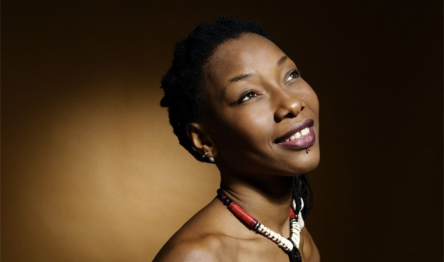 Fatoumata Diawara./ (World Circuit)