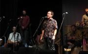 Eliseo Parra durante una actuación en Gandia, agosto de 2012./ (Paco Valiente)