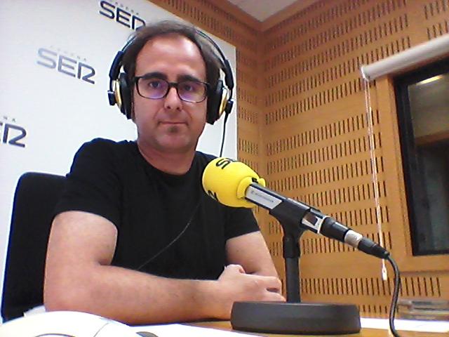 Paco Valiente en los estudios de Cadena SER./ (P.V.)