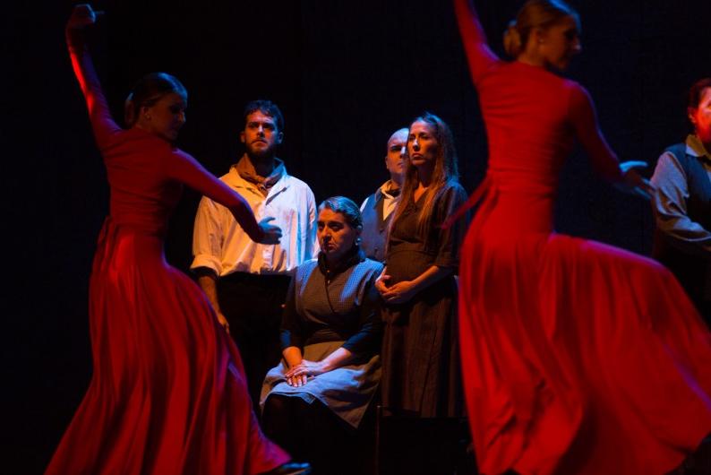 \u0026quot;Bodas de sangre\u0026quot; en la versión José Saíz, una producción del Teatro Lumen \u0026quot;