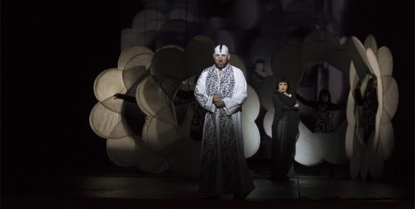"Durante el ensayo de ""Samson et Dalila"" en Les Arts./ (Tato Baeza)"