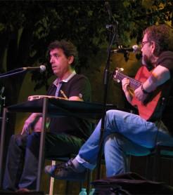 Miquel Gil y Pep Botifarra con el espectáculo 'NUS' en Valencia, en junio de 2014 ./ (Paco Valiente)