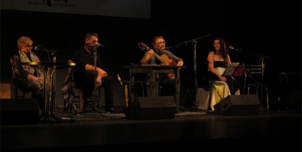 Miquel Gil y Botifarra en el Teatre Principal, invitadas Lola Tortosa y Mara Aranda/ (Paco Valiente)