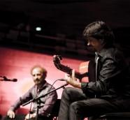 Chicuelo acompañando el cante de Duquende en un recital flamenco./ (Jacob Crawfurd)