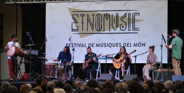 Xaluq durante su concierto en el Festival Etnomusic, Museu Valencià d´Etnologia./ (Paco Valiente)