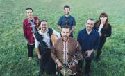 El proyecto Afra Dozawan reúne a músicos bereberes y aragones./ (Nuria Turmo)