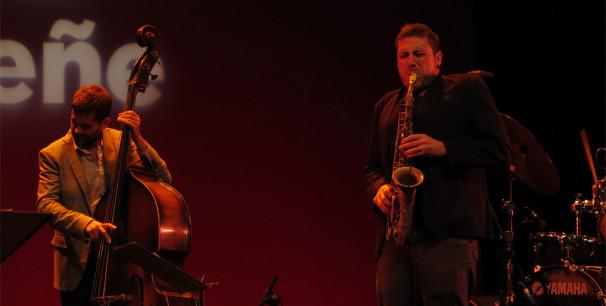 El saxofonista Ernesto Aurignac durante su participación en JazzEñe 2016./ (Paco Valiente)