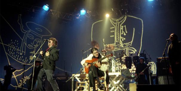 Morente y Lagartija Nick haciendo 'Omega' en directo, poco antes de salir en disco./ (Paco Manzano)