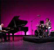 Lucía Martínez y Agustí Fernández Duo durante el concierto en JazzEñe 2015, Valencia./ (Paco Valiente)