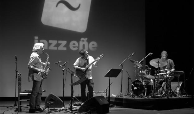 Noesis Trio con Perico Sambeat, III JazzEñe 2016, Teatro Rialto de Valencia./ (Paco Valiente)