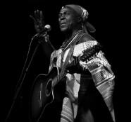 El músico de Guinea-Bissau Ramiro Naka