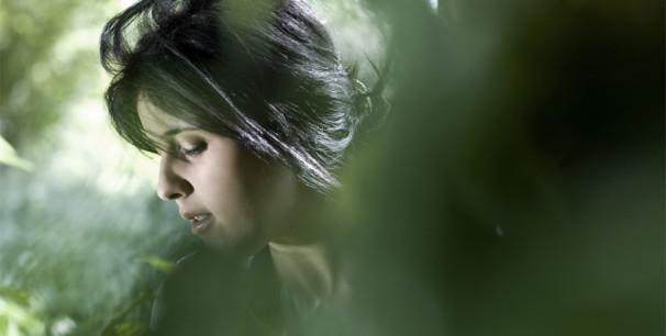 La cantante argelina Souad Massi es una de las nuevas voces del Magreb