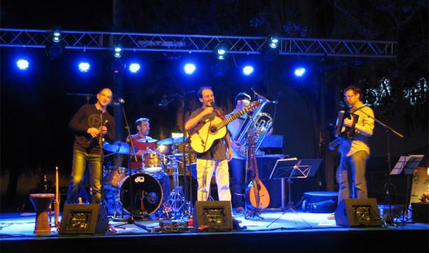 Urbàlia Rurana durante un concierto en Valencia, en 2015./ (Paco Valiente)