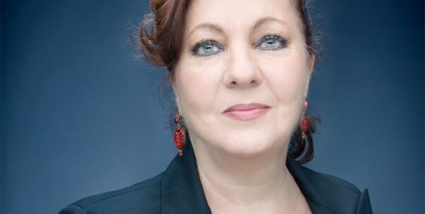 Carmen Linares da su cante a la poesía de Miguel Hernández./ (Jean Pierre Ledos)