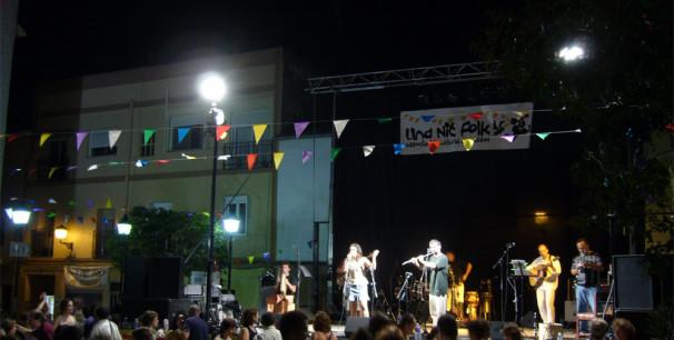 El grupo Hexacorde y Vanesa Muela participó en 'Una Nit Folk'  de 2009./ (P. V.)