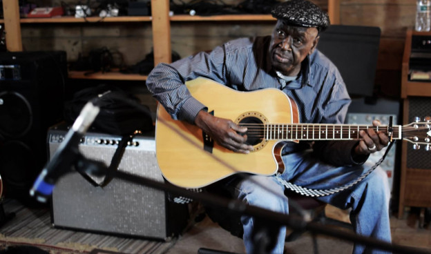 El malí Boubacar Traoré ha grabado su nuevo disco en Lafayette, Louisiana, EE.UU. / (Carly Viator)