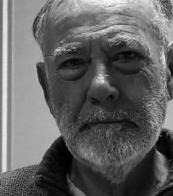 """El músico valenciano Julio Bustamente publica """"La misión del copiloto""""./ (Paco Valiente)"""