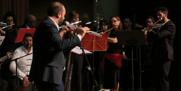 La Orquesta Flamenca de Flautas de València, dirigida por Óscar de Manuel./ (Paco Valiente)