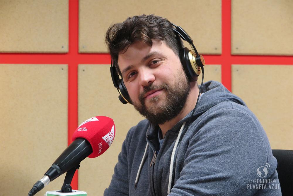 """Pablo Muñoz """"Papado"""" durante la entrevista en los estudios de UPV Ràdio."""