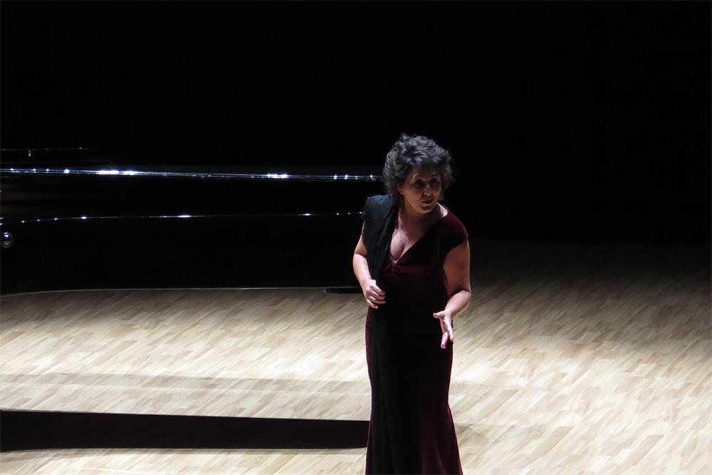 """Consuelo Hueso interpretando """"Carmen"""" de Bizet, Las Artes en Paralelo 2016.7 (P. V.)"""