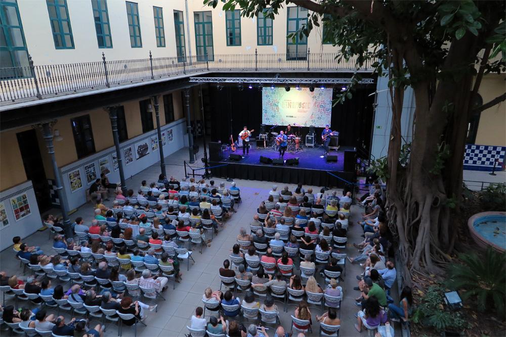 Patio de Centre Cultural la Benefiència, Valencia./ (P.V.)