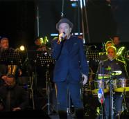Rubén Blades y Roberto Delgado Salsa Big Band hace una semana en Pirineos Sur./ (Paco Valiente)