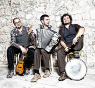 """Primtive Groove son Jorge Arribas, César Díez y Adal Pumarabín, su primer disco """"Bubango"""" (2018)"""