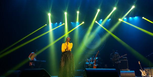 La artista camerunesa Lornoar abriendo Visa For Music 2018./ (Paco valiente)
