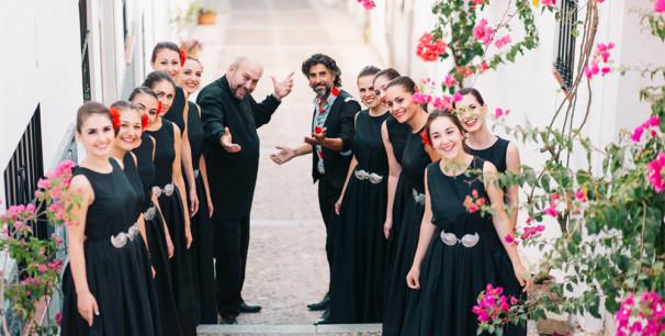 El cantaor onubense Arcángel con el Coro de Nuevas Voces Búlgaras dirgido por Georgi Petkov