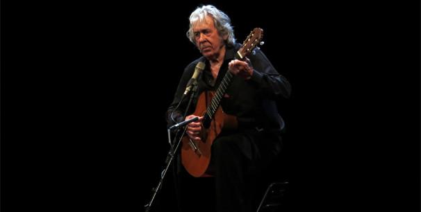 Paco Ibañez en el Teatro Olympia de València, en mayo de 2016./ (Paco Valiente)