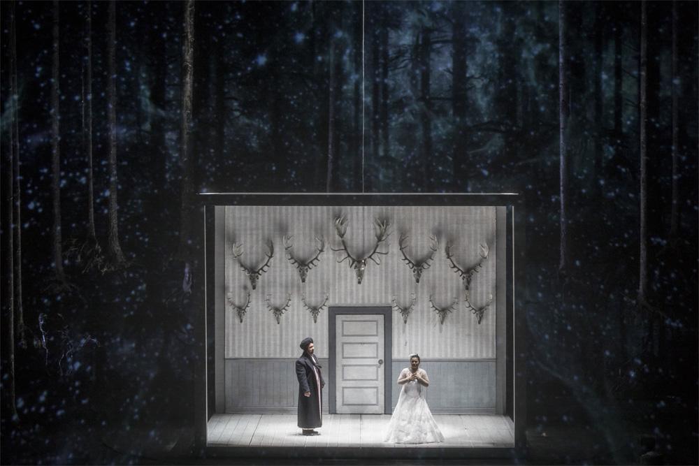 """Representación de """"Iolanta"""" de Tchaikovski en Les Arts de València./ (Mikel Ponce y Miguel Lorenzo)"""