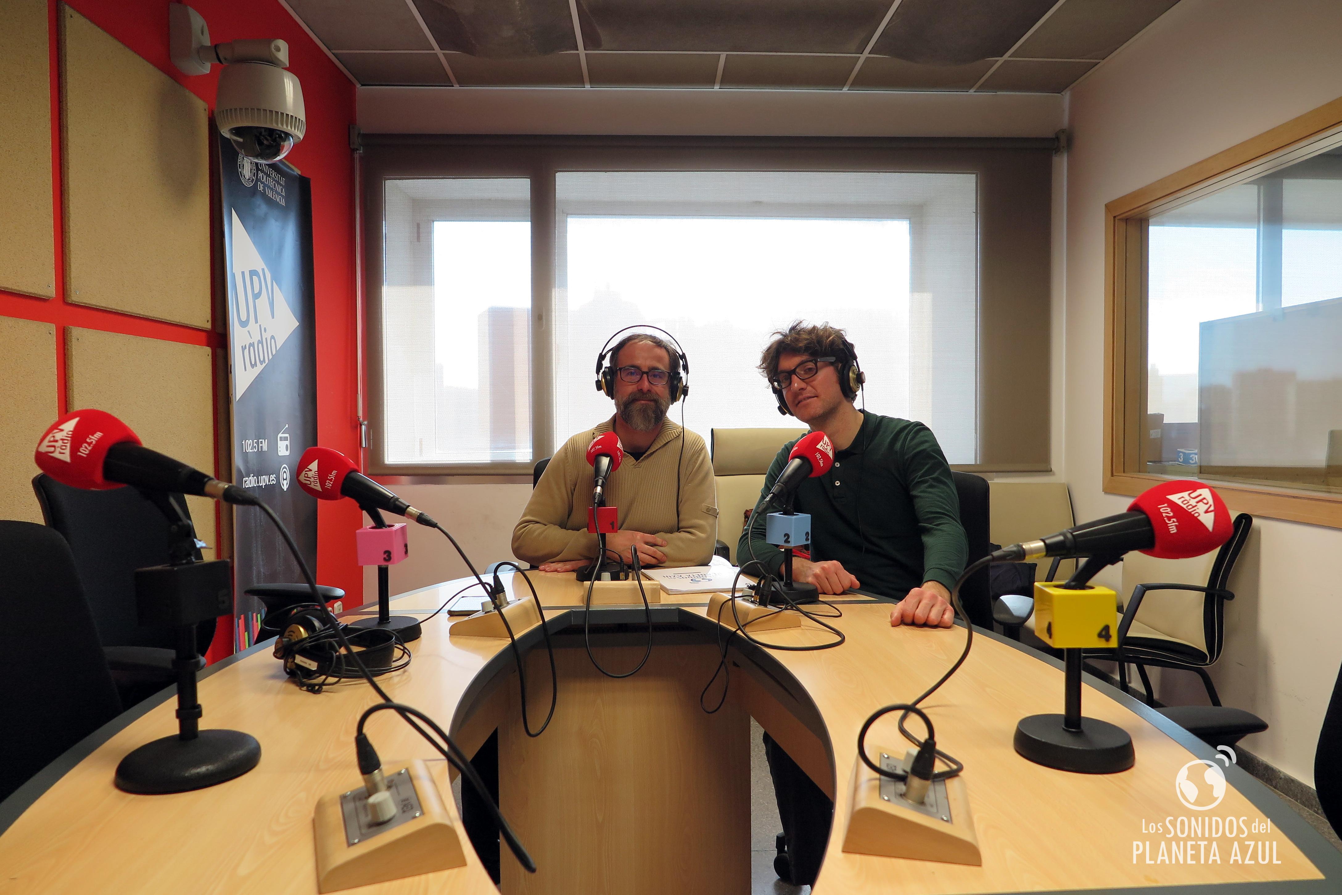 En los estudios de UPV Ràdio, en València