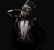 Angelique Kidjo canta el repertorio  de los años 50 y 60 de la Reina de la Salsa./ (Laurent Seroussi)