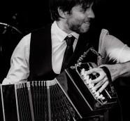 Marcelo Mercadante, bandoneón, compositor y arreglista argentino./ (Fernando Prats)