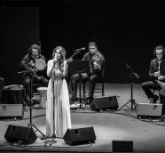 """Linda Al Ahmad pone voz a """"Las Damas de la Canción Árabe""""./ (MiguelMagro)"""