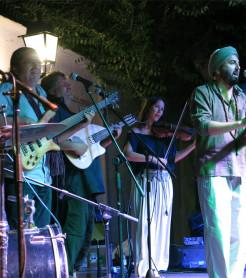 La Banda Morisca, concierto en el Festival Sulayr de Pampaneira, la Alpujarra, en 2018./ (Paco Valiente)