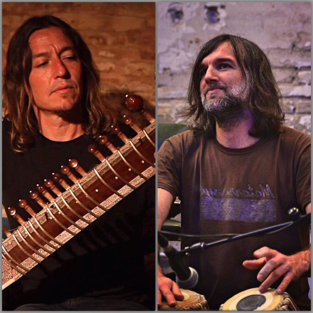 Indo, Daniel Benito (tabla) y Sergio Daries (sitar).