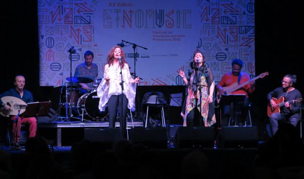 Carmen París y Nabyla Maan, 'Dos Medinas Blancas', Etnomusic 2018./ (Paco Valiente)