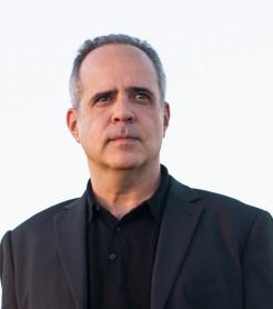 """Rodrigo Leão publicó una antología resumen de su carrera, """"O Aniversario"""" incluye 30 temas"""