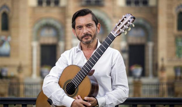 El guitarrista de formación clásica y compositor José María Gallardo del Rey lleva 50 años de carrera