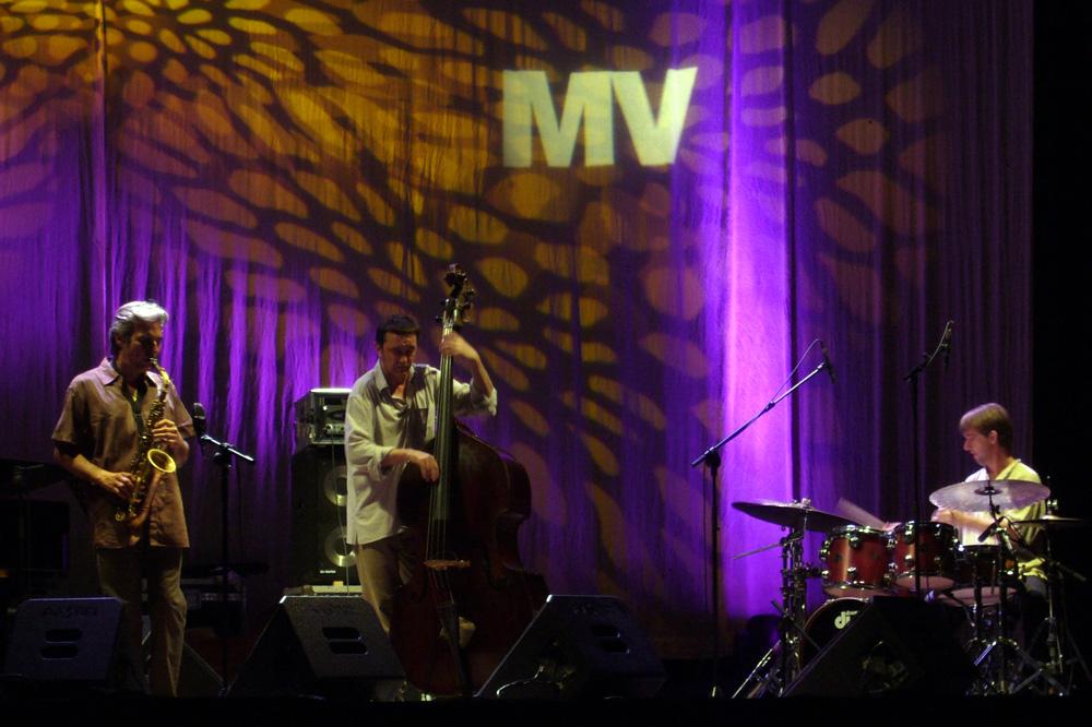 CMS Trio en el Mercat de Música Viva de Vic, en septiembre de 2007./ (Paco Valiente)