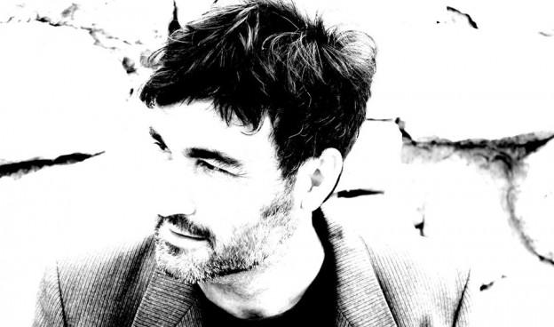 Òscar Briz, el músico valenciano interpreta grandes canciones del jazz de la Era del Jazz
