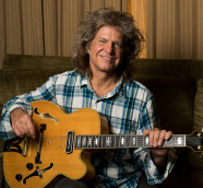 "Pat Metheny regresa junto a sus músicos con el disco ""From this place"", (Nonesuh/Warner Music)"