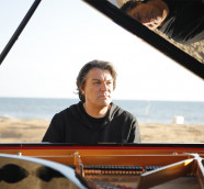 Dorantes, compositor y pianista flamenco.