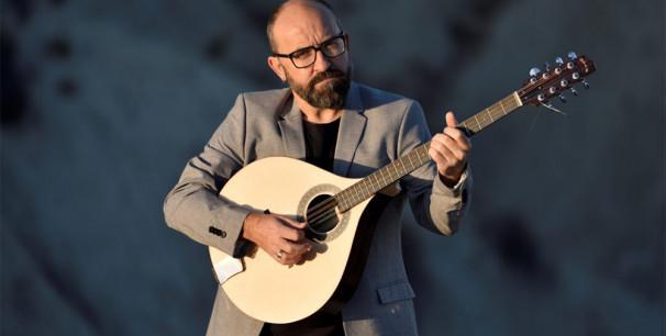 El compositor y multiinstrumentista de Alhama de Murica Juan José Robles